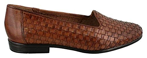 6. Trotters Women's Liz Loafer Wide shoes for women