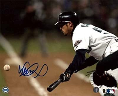 Ichiro Suzuki Seattle Mariners Autographed Seattle Mariners 8x10 Photo 1st Hit Holo - Certified Authentic