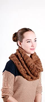 faye cable snood LEATHER