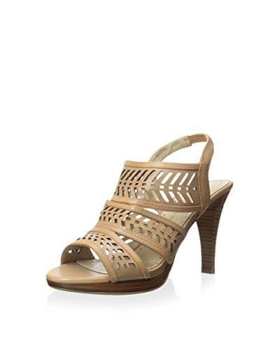 Adrienne Vittadini Women's Prim Sandal  [Nude]