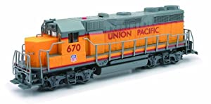 Lights N Sound Union Pacific Locomotive, 1:32 Scale