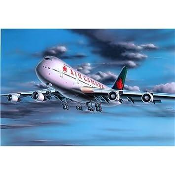 Revell - Maquette - Modèle Boeing 747-200 - Echelle 1:390