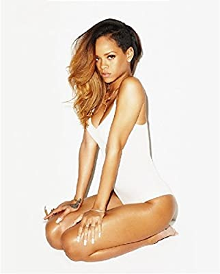 Rihanna 8x10 Photo - No Image is Cropped. No white or black borders, What you see is what you get #1715