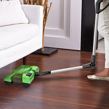 Shark 10 Quot Rechargeable Floor And Carpet Sweeper V2930