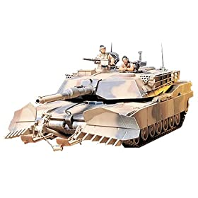 U.S. M1A1 Abrams with Mine Plow Military Model Kit