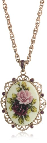 1928 Jewelry Manor House Victorian Pendant Necklace