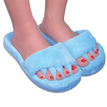 Cheap Aligning Comfy Toes Memory Foam Soft Fluffy Slippers (B002WOBQ5A)