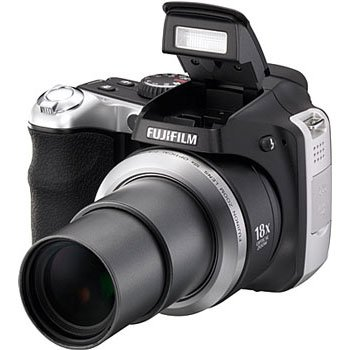 Fujifilm FinePix S8000FD 8MP Digital Camera 18X Zoom (Black/Grey)