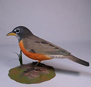 Backyard Bird Carving American Robin