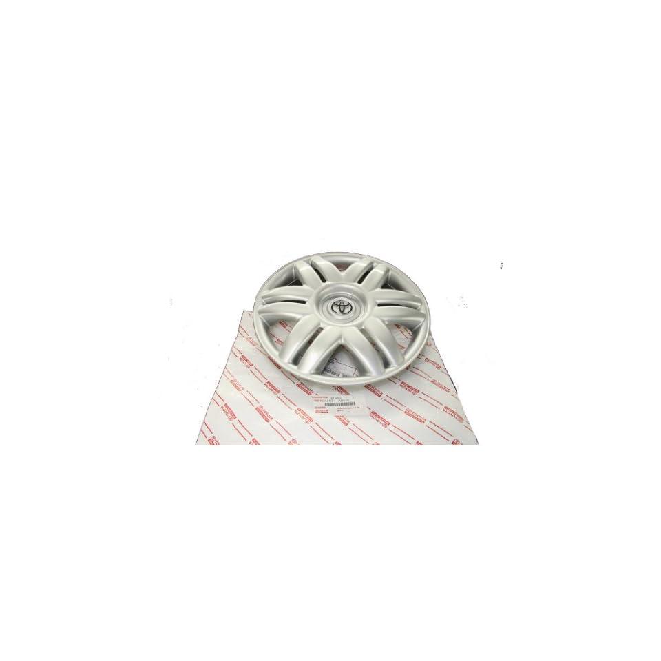 Genuine Toyota (42621 AA070) 15 Wheel Cover