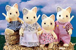 calico-critters-whiskers-cat-family-by-calico-critters