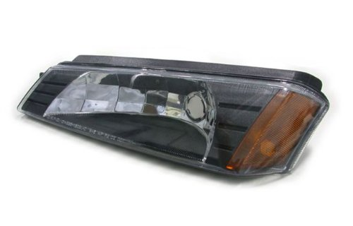 Chevrolet Avalanche Driver and Passenger Side Replacement Bumper Signal Light (2002 Avalanche Headlight Assembly compare prices)