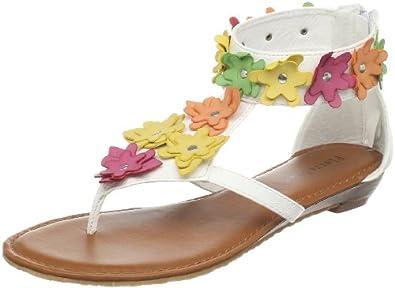 2012   Shoes~ ..واااو ..10 تصفيفات لإطلالة فتاتك هذا