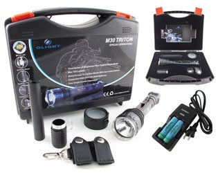 Combo: Olight M30 Triton LED Flashlight Kit +