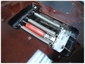 Super-Vee Mag-Lok チューニング安定性向上!シンクロナイズドトレモロやフロイドローズのチューニングを向上 スーパーヴィー マグロック 国内正規品