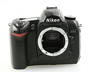 Nikon D70S 6.1MP Digital SLR Camera