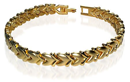 Magnetic Alloy Link Yellow Gold Heart Bracelet 7.5″ Long with Fold over Clasps