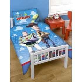 Disney toy story buzz et woody junior lit b b lit for Housse de couette toy story