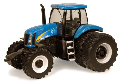 Ertl New Holland T8050 Tractor, 1:32 Scale