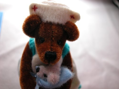 #769B World of Miniature Bears 3.5""