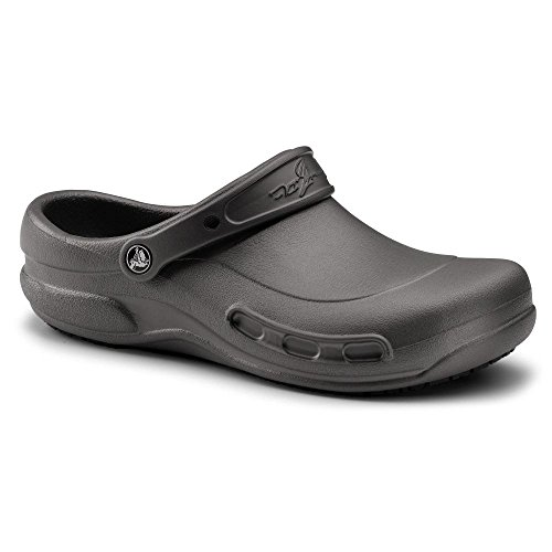 Crocs SureGrip Unisex - Adult Mario Batali Bistro Graphite Slip Resistant Work Clogs 8M (Crocs Chef Women compare prices)