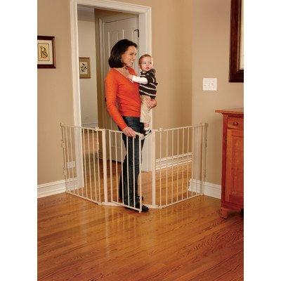 Regalo Super Wide Flexi Safety Gate - 1
