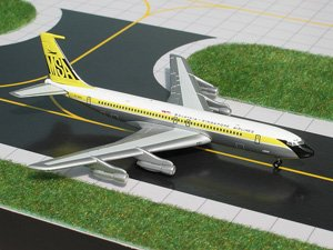 geminijets-1400-malaysia-singapore-airlines-707-320b-c