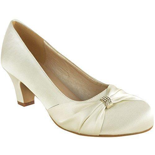mariee au chaussure fushia