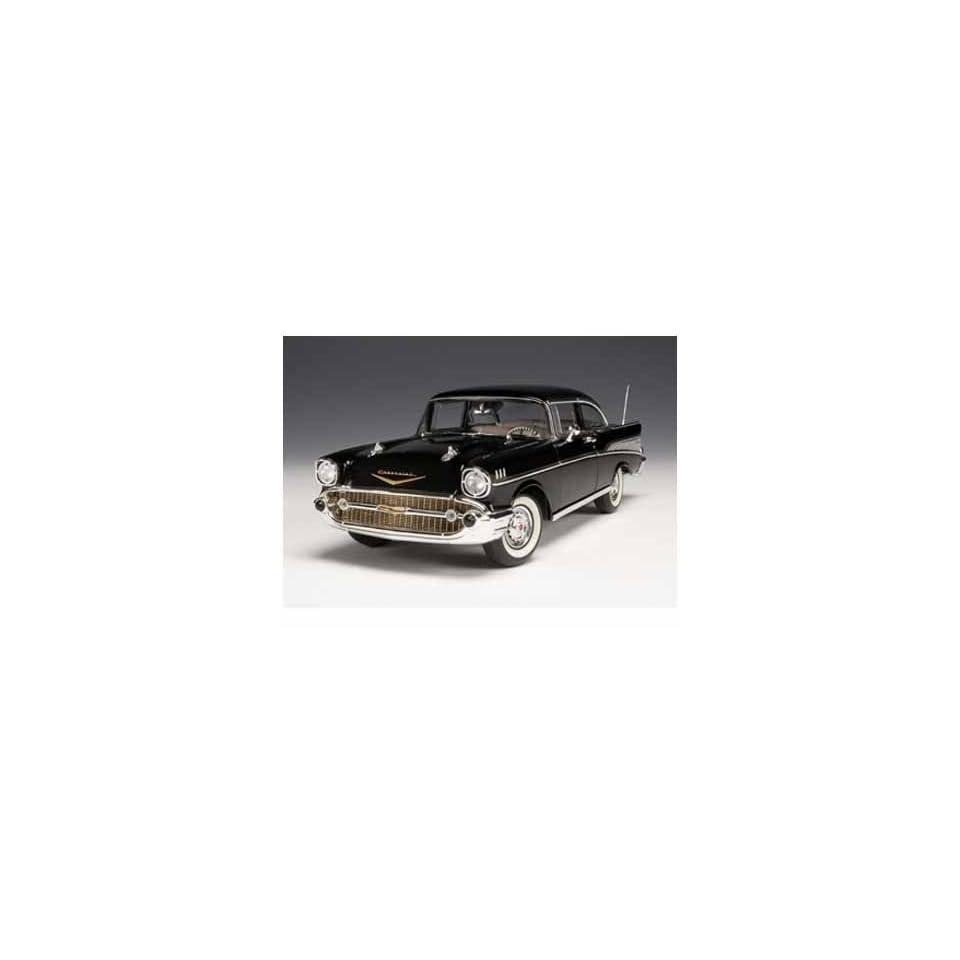 1957 Chevy Bel Air Sedan 1/18 Black Toys & Games
