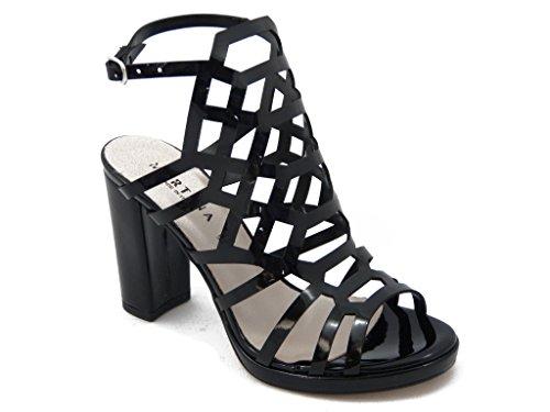 Sandalo Martina in ecopelle-lucida colore nero, tacco 10cm. e plateau 1cm., SUOLA IN gomma ANTISCIVOLO, Estivo-20581PL