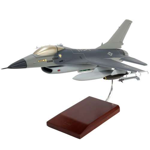 Mastercraft Collection General Dynamics F-16C Fighting Falcon Jet model Scale: 1/32