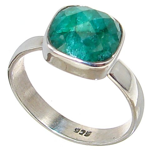 Created Emerald Sterling Silver Ring size R