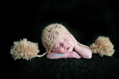 Crochet Newborn Hat Pattern front-1005567
