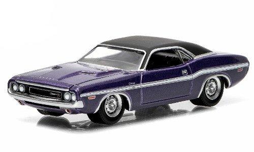 Dodge Challenger R/T, metallic-lila/matt-black, 1970, Model Car, Ready-made, Greenlight 1:64 (Greenlight Dodge Challenger compare prices)