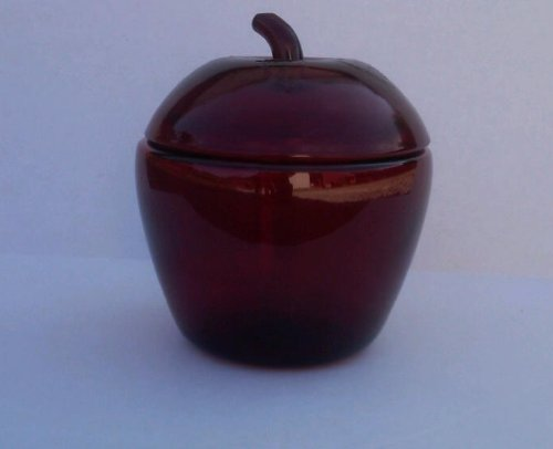 Anchor Hocking Red Glass Apple Jar with Lid, 65 Ounces/1.9 Liter (Red Apple Cookie Jar compare prices)