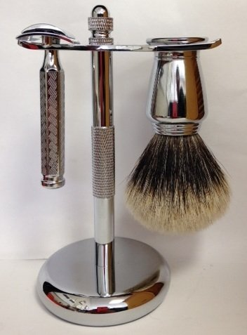 Shaving Gift Set With Merkur Classic Safety Razor Badger