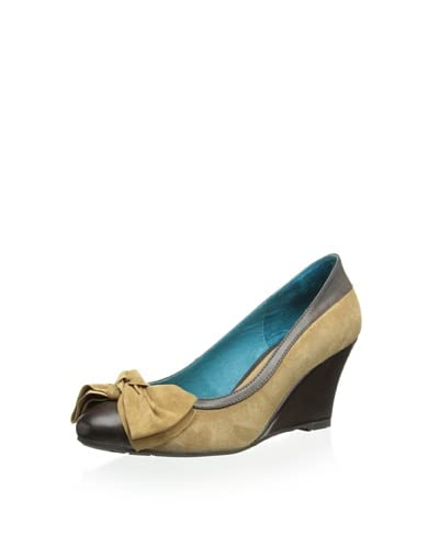 Chocolat Blu Women's Jazzy Wedge Pump  [Camel]