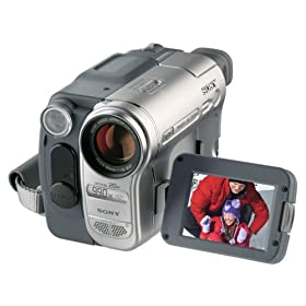Sony DCRTRV460 Digital8 Handycam Camcorder w/20x Optical Zoom