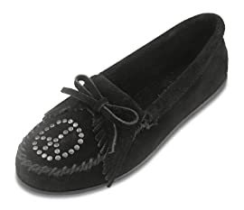 Kilty Suede W/Peace Sign Minnetonka Moccasin in Black Womens