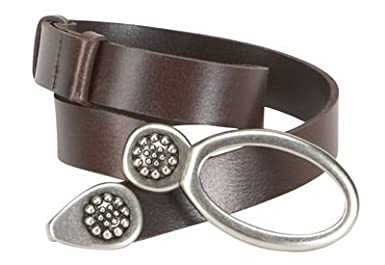Click to buy TravelSmith Womens Adjustable Oval Ring Leather Belt from Amazon!