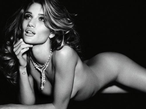ロージー・ハンティントン=ホワイトリー ポスター Sexy Nude Model