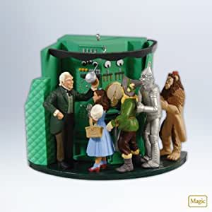 Amazon Com Hallmark 2012 Quot The Man Behind The Curtain Quot Wizard Of Oz Ornament Home Amp Kitchen