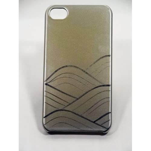 Amazon.com: Maki-e iPhone 4/4S Cover Case Made in Japan - Ginji ni Nami (Silver Ground Waves): Cell Phones & Accessories from amazon.com