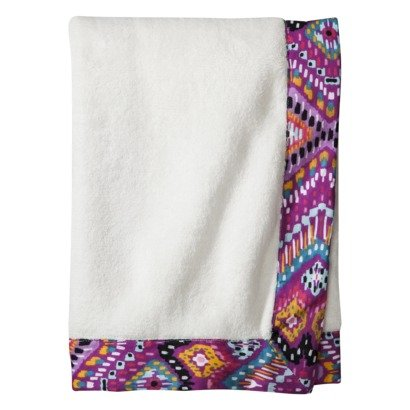 Mudhut Bengal Baby Blanket Snuggle up to your tiny cutie in cloud-like comfort with the Blanket. Crafted with cotton and polyester, this light and fluffy blanket is designed in white and features a purple print silky-smooth border for an extra touch of softness.