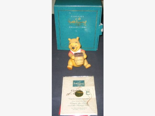 Walt Disney Classics Collection (Wdcc), Winnie The Pooh, 1996 Membership Figurine, Winnie The Pooh And The Honey Tree front-893400