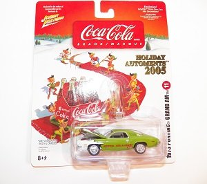 Johnny Lightning Coca-Cola Holiday Automents 2005 # 11 1973 Pontiac Grand Am - 1