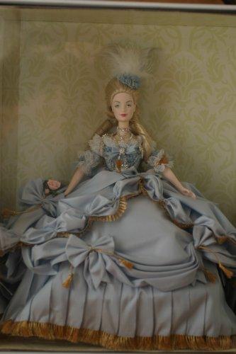 Barbie-Collector-Marie-Antoinette