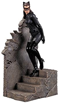 The Dark Knight Rises - Catwoman 1/12 Statue [Import allemand]