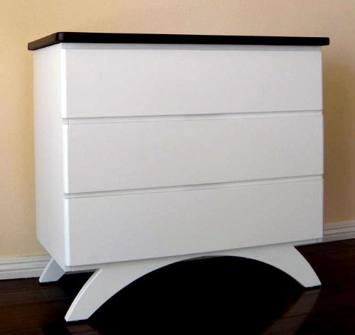 Madison Dresser w 3 Drawers in White Finish