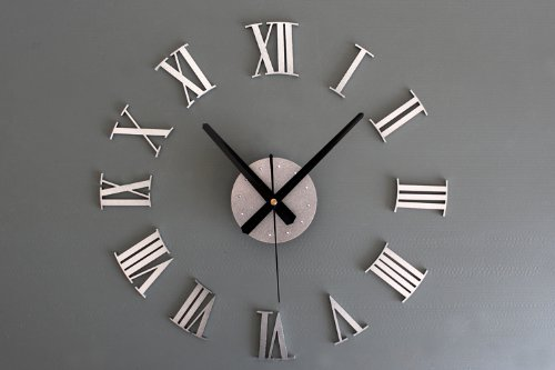 iCasso 3D Creative Home Modern Art Metallic Roman Numerals Decoration DIY Wall Clock Home Decor